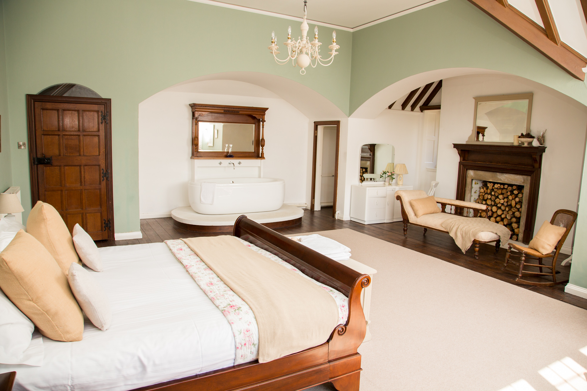 8 bed self-catered coastal accommodation