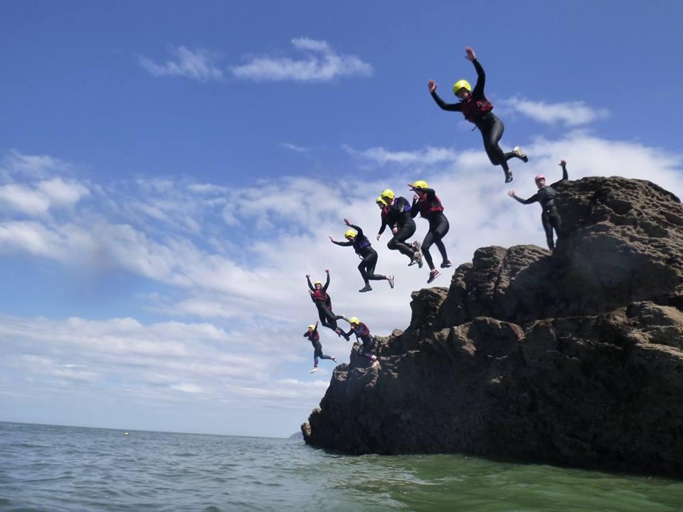 coasteering jumps woolacombe