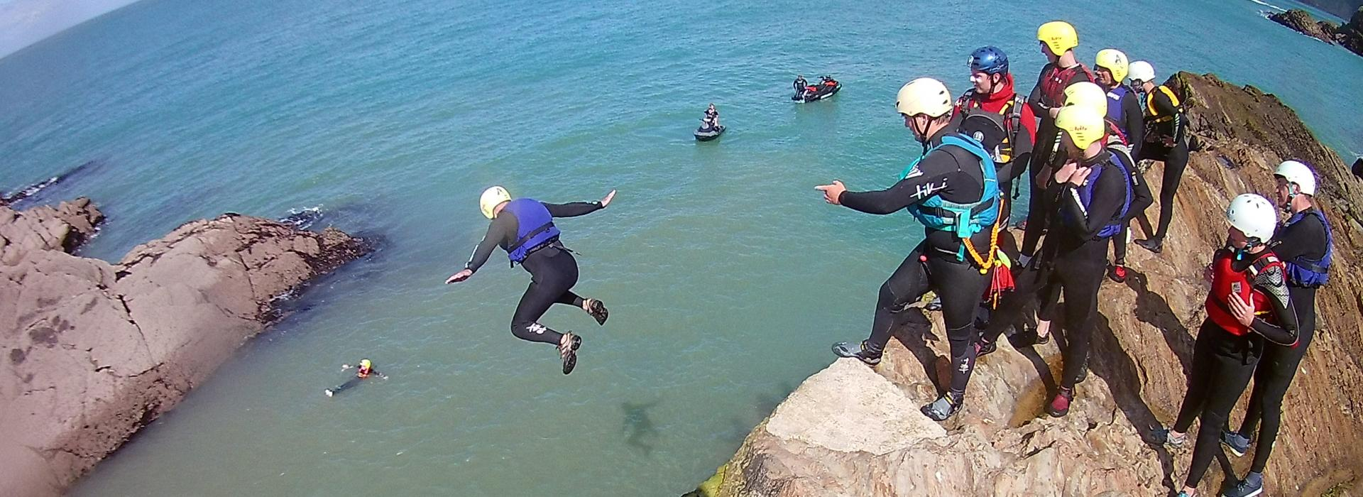 coasteering devon, instructor, training courses, instructor courses, watersports training