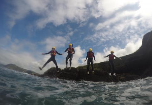 hen party, SUP, stand up paddleboards, surf, watersports, adventure sport, fun, coasteering, party jump, hen party devon