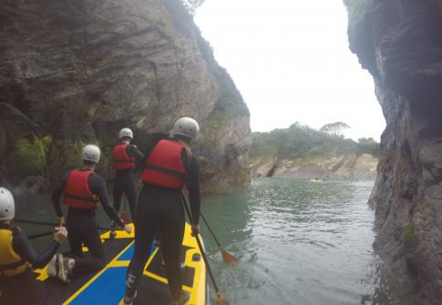 Family activities, SUP, paddleboarding, devon, croyde, woolacombe, cave, paddleboarding through cave, exploring devon