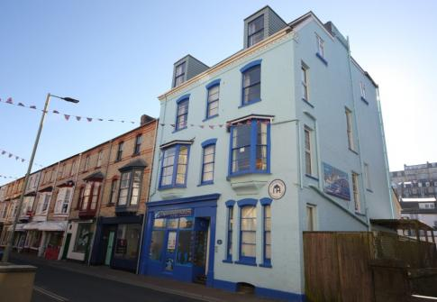 accommodation devon, places to stay in devon, hostels in devon,